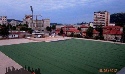 stadion-tusanj--trava