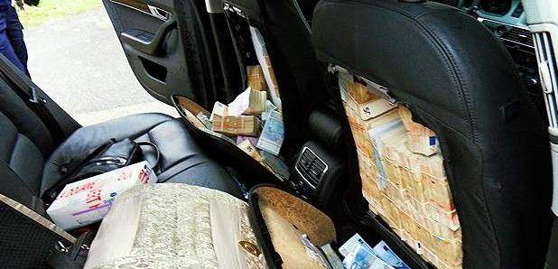 cash-in-car-big