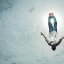 Gotovo svima se desilo barem jednom: Šta znači kada sanjamo da padamo?