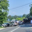Zbog saobraćajne nezgode obustavljen saobraćaj na magistralnom putu Tuzla-Gračanica