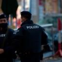Muškarac iz BiH noževima nasrnuo na policiju, oni ga upucali