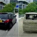 Beton pao na dva automobila u vožnji, pogledajte trenutak nezgode
