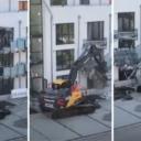 Bagerom srušio pola zgrade jer ga vlasnik nije htio isplatiti