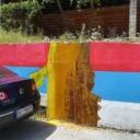 Prefarban mural s likom osuđenog ratnog zločinca Ratka Mladića u Foči