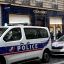 Pljačkaši koji su ukrali nakit vrijedan tri miliona eura u Parizu uhapšeni u autobusu za Beograd