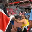 Amel Tuka obnovio povredu, stadion napustio u kolicima