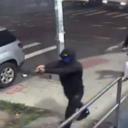Napadači izrešetali frizerski salon u New Yorku, ranjeno više osoba