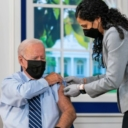 Joe Biden primio treću dozu vakcine protiv koronavirusa