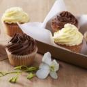 Jeste li znali kako se zapravo jedu cupcakesi za što bolje uživanje u okusu? Pogledajte super metodu