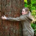 Kako grljenje drveća može liječiti bolesti i smanjiti stres?
