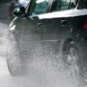 BIHAMK: Zbog pljuskova otežano saobraćanje na većini putnih pravaca u BiH