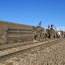 Voz iskočio iz šina, najmanje tri osobe poginule