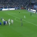 Fudbaleri  Marseilla nisu mogli zaustaviti Messija, a onda ga je zaustavio utrčali navijač