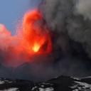 Vulkan Etna na Siciliji ponovno eruptirao